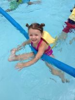 apple-montessori-summer-camp-swim-lessons