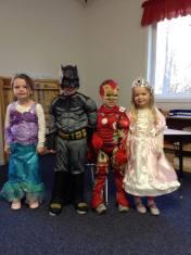 apple-montessori-kids-dress-up-halloween